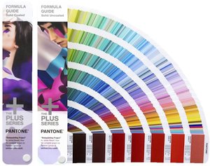 Busca tu guía de color Pantone en Amazon